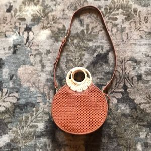 Anthropologie Purse! Comes with removable strap!